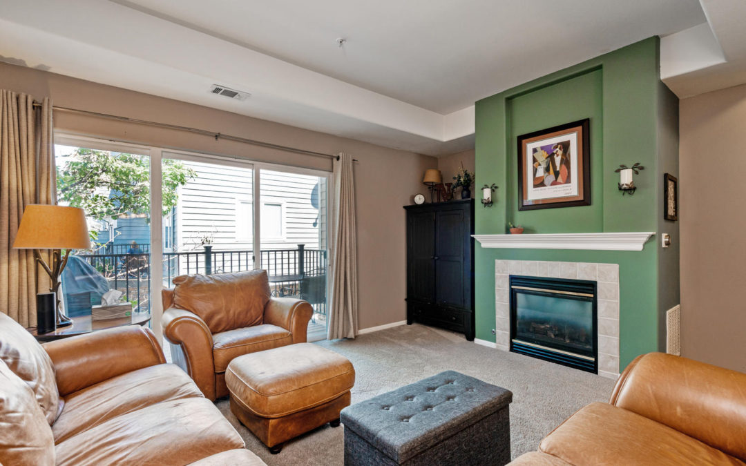 Sold: Beautifully updated 2 bed, 2 bathroom townhome at popular Riverwalk